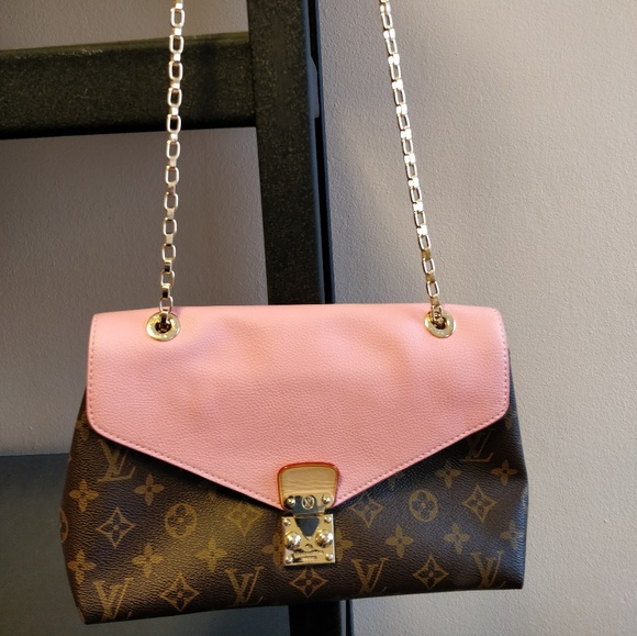 8c9674c66a86 Louis Vuitton Handbags - L.V Chain Pallas Pink Crossbody